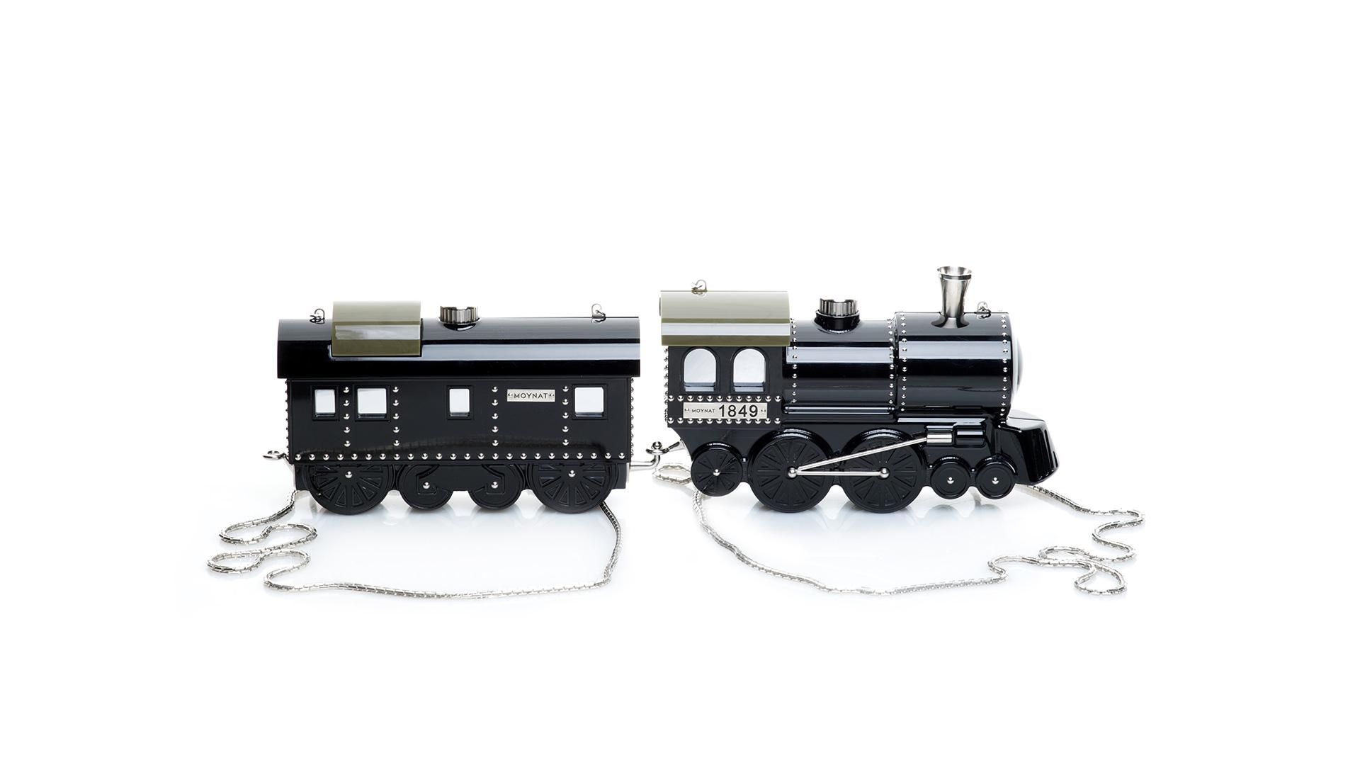 moynat-paris-train-bag-pharrell-williams.jpg