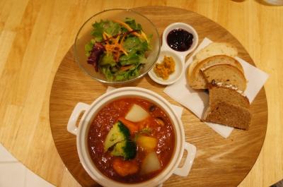 【ヘルシンキベーカリー】季節のスープセット