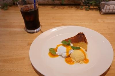 【ヘルシンキベーカリー】フィンランド産トゥルニのベイクドチーズケーキ
