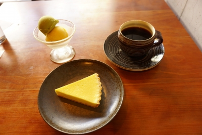 【BRADIPO】クリームチーズのタルト・ジェラート