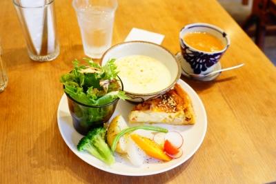 【organ】スープとキッシュのランチ