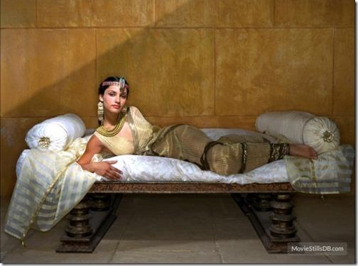 【エロ画像・世界の快道でイク!】【チリ編】レオノア・ヴァレラのセクシー画像。2つの『さけ』が有名な遠くて近い国Leonor Varela07
