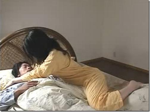 【夫婦生活:夫婦の秘めごと】夫婦の寝室で主導権を取るために日々精進している美人妻02『ねぇ・・・』「どうしたんだよ・・」