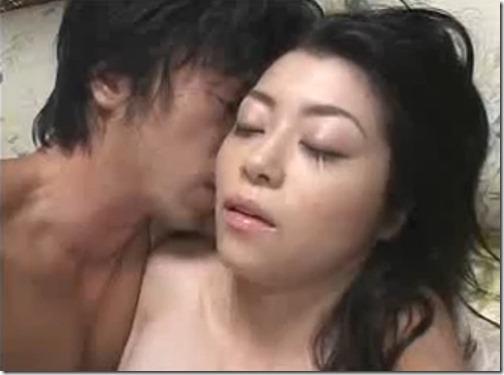 【夫婦生活:夫婦の秘めごと】夫婦の寝室で主導権を取るために日々精進している美人妻08『ずっとしたかったんだもん♪』