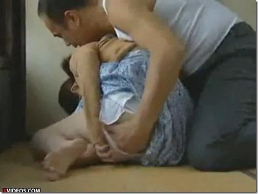 【夫婦生活夫婦の秘めごと;昭和ロマンポルノ】養女を抱く義父。病床の妻にバレているとも知らずに・・