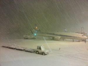 新千歳空港の惨状