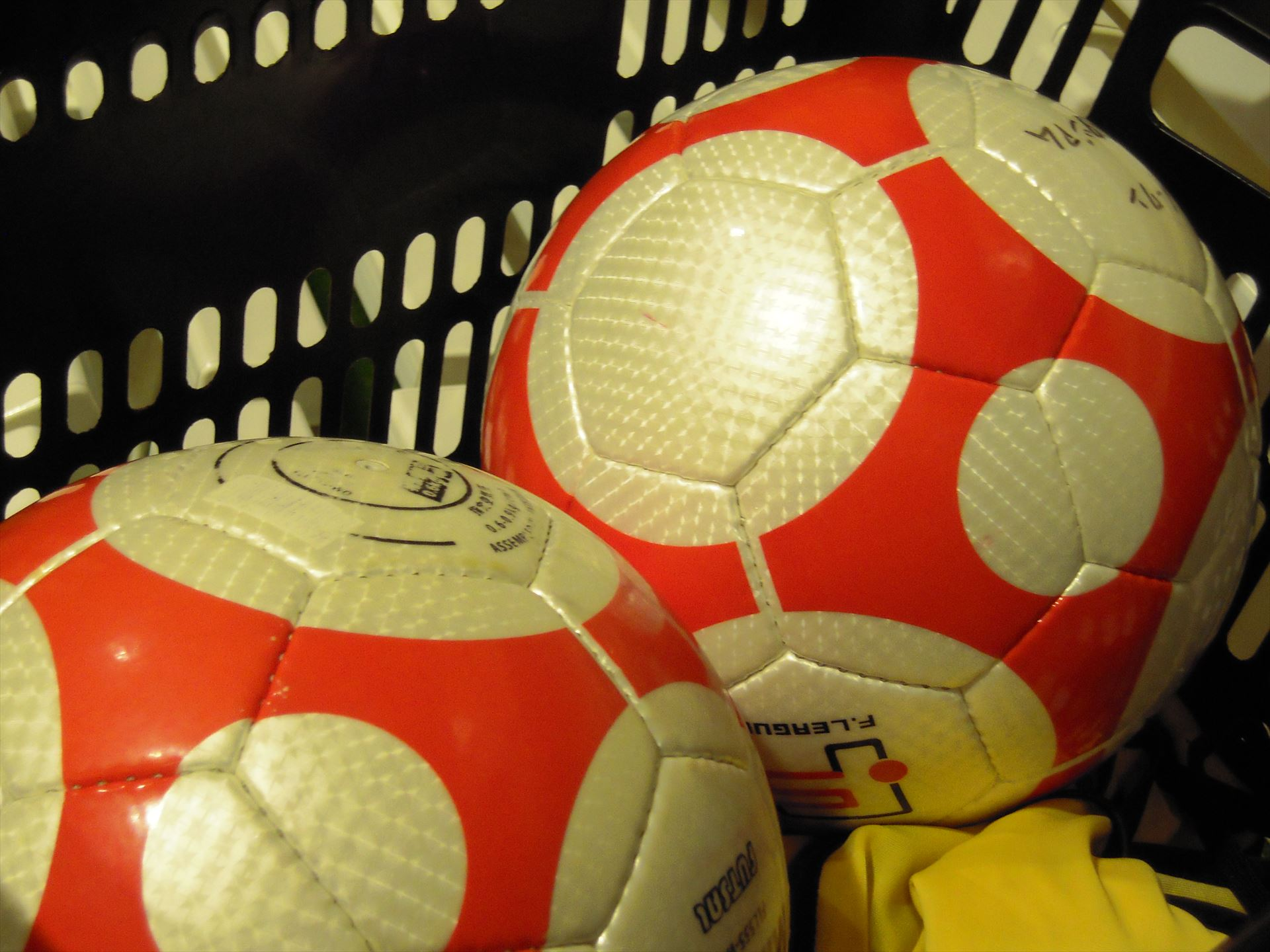futsal-ball-201504.jpg