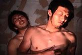 ゲイ動画:究極のエロス、高架下で男臭い体育会2人が。。。後編